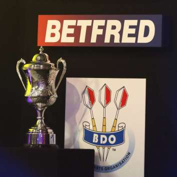 Lakeside BDO Darts 9 Jan 2016 - Alan Meeks 67