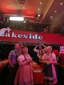 Lakeside BDO Darts 9 Jan 2016 - Alan Meeks 8