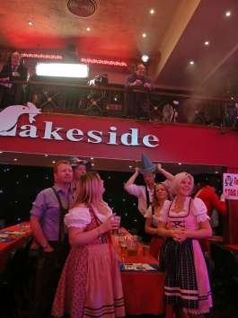 Lakeside BDO Darts 9 Jan 2016 - Alan Meeks 8